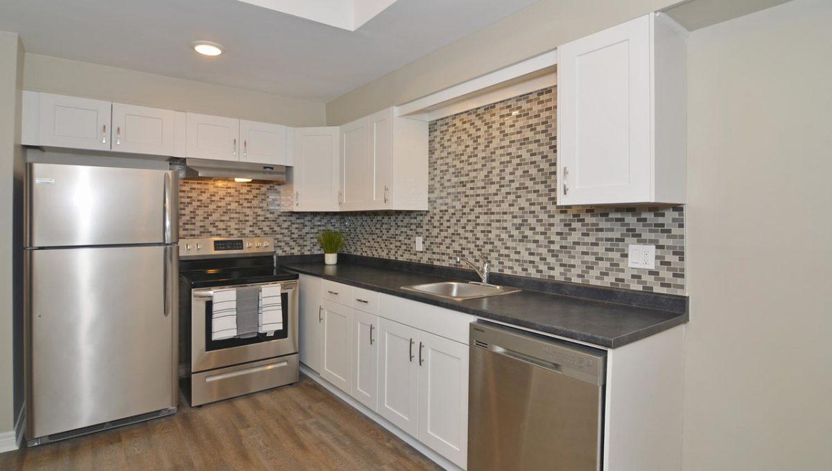 Model HomeDuplex-large-007-15-Kitchen-1500x994-72dpi-X2