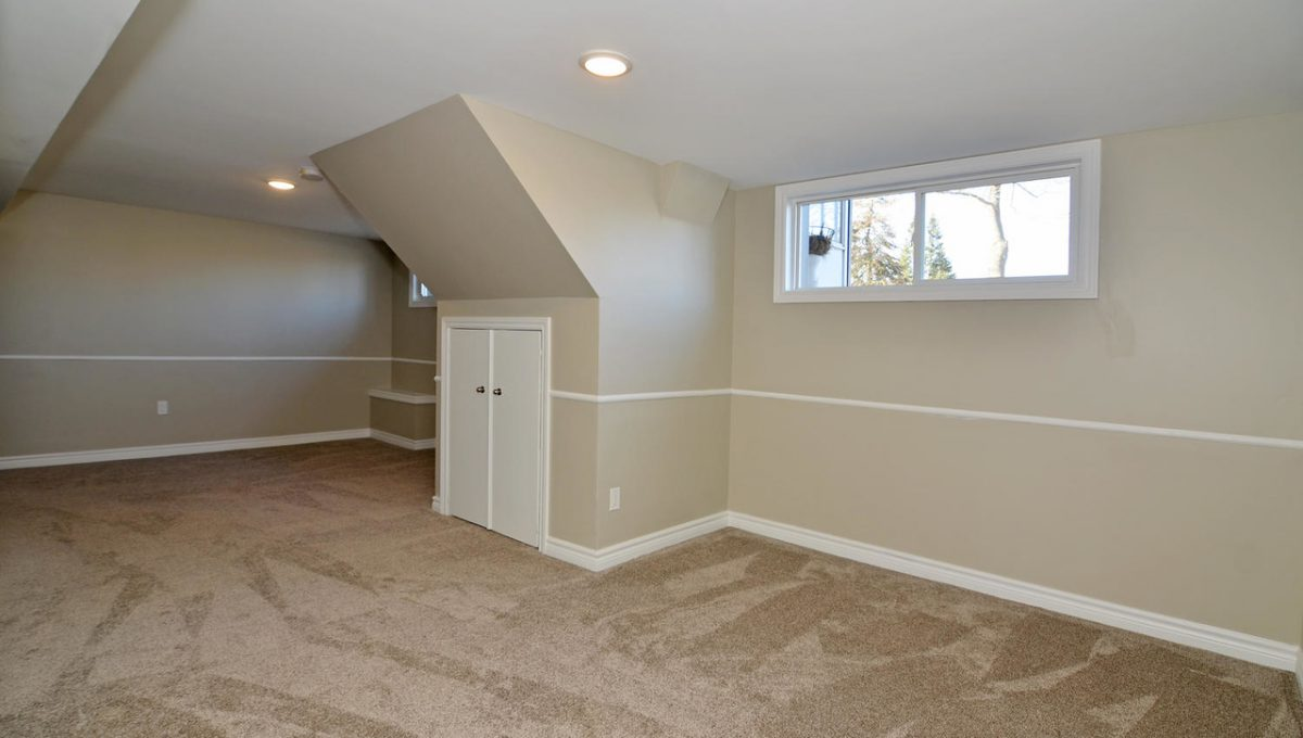 Model HomeDuplex-large-017-14-Family Room-1500x994-72dpi-X2