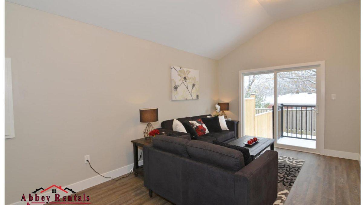 188 Trowbridge Ave Unit B-large-010-12-Living Room-1500x994-72dpi