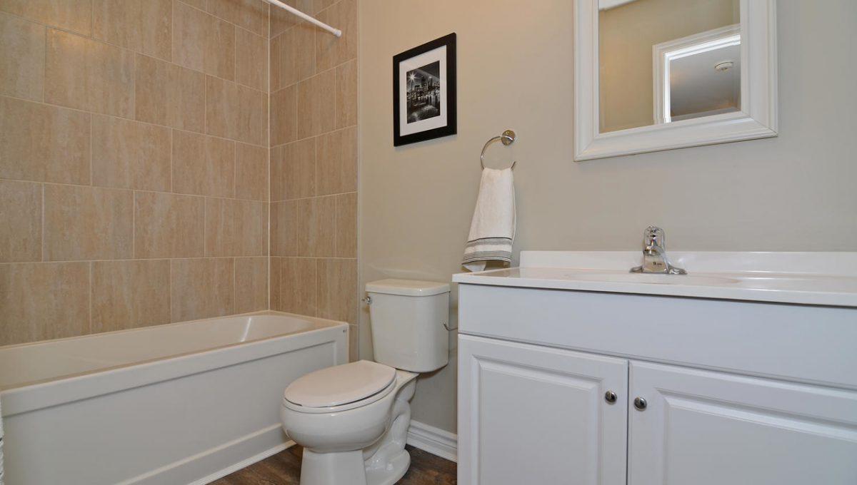 Model HomeDuplex-large-035-33-Rear UnitMain Bathroom-1500x994-72dpi-X2