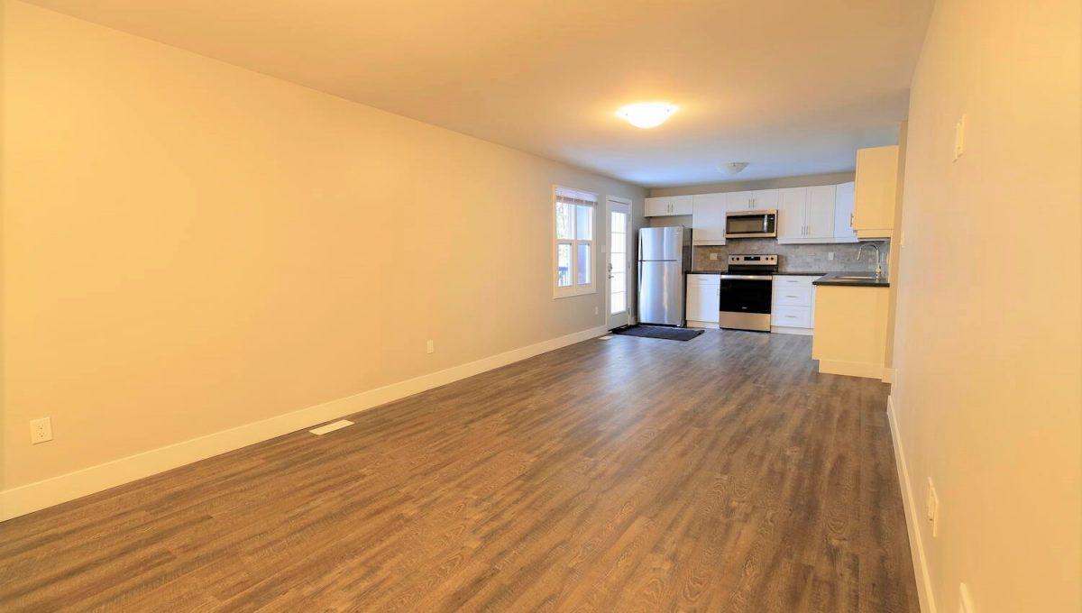 253 Cambridge St London ON N6H-large-014-029-livingdining room-1500x1000-72dpi