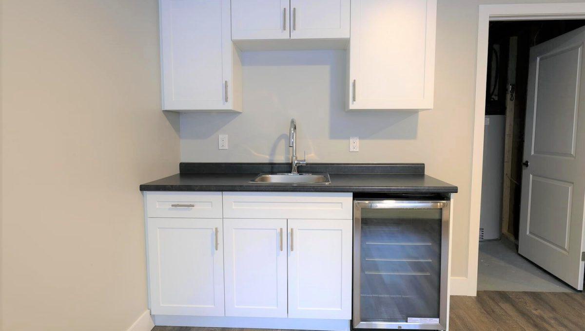 253 Cambridge St London ON N6H-large-026-030-basement kitchen 2-1500x1000-72dpi