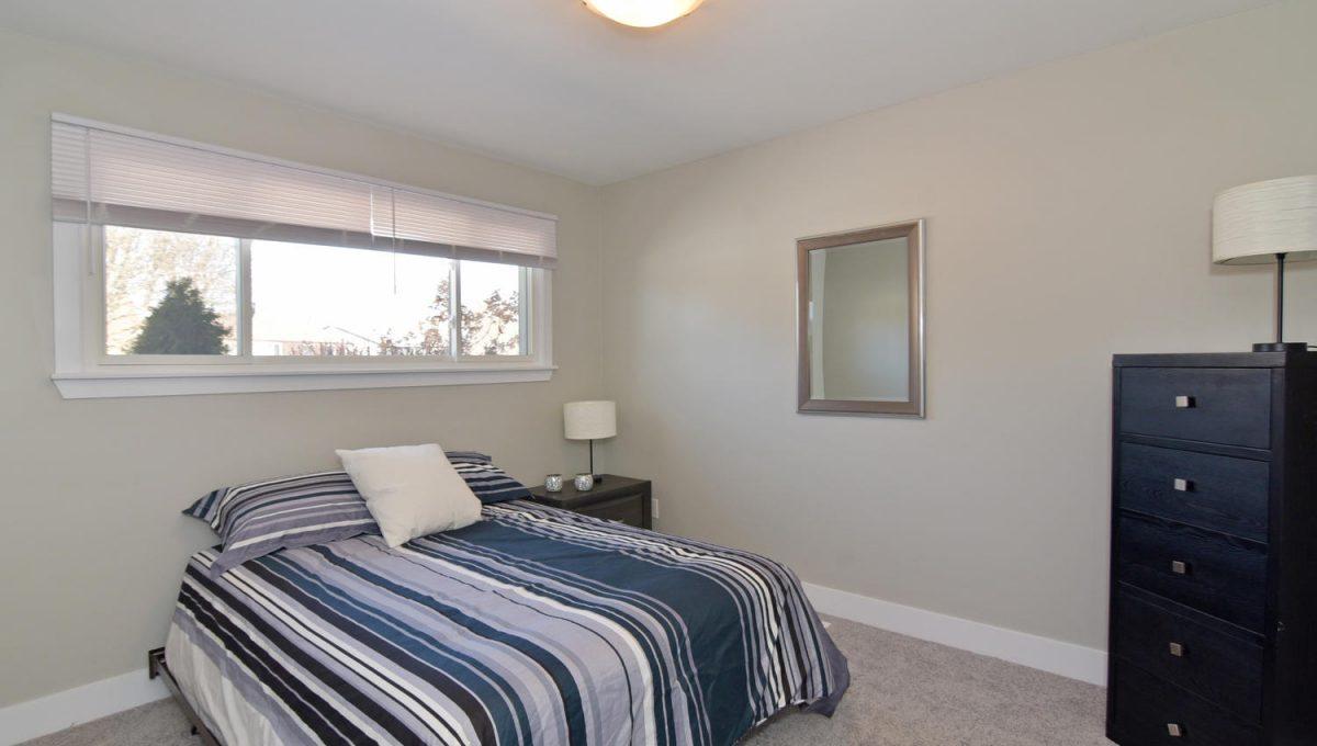 21 Arcadia Crescent Units A-large-014-059-Bedroom 1Main Unit-1500x1000-72dpi